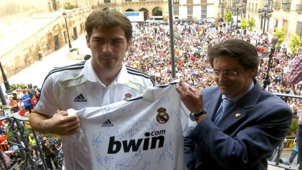 Casillas y el alcalde de Lorca, Francisco Jódar