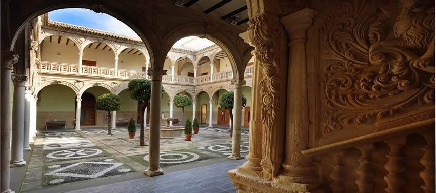 Pueblos monumentales para aprovechar una escapada - Hotel palacio de ubeda ...