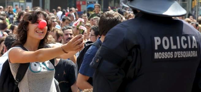 Desalojo en la acampada de Plaza de Cataluña