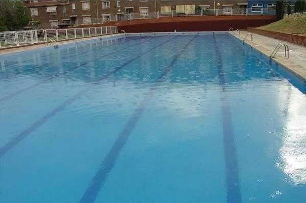 Las piscinas municipales de madrid abiertas al p blico for Madrid piscinas municipales