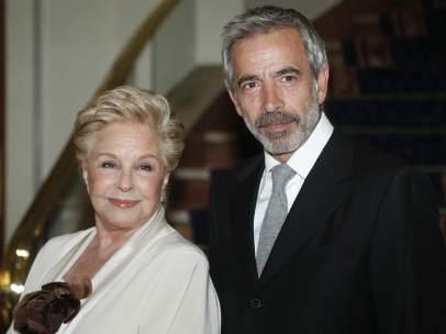 Imanol Arias y Lola Herrera