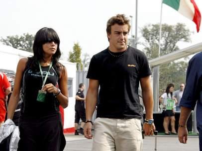 Fernando Alonso y Raquel del Rosario.