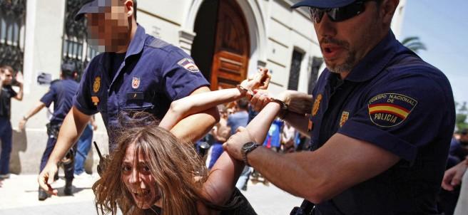 Carga contra el 15-M en Valencia