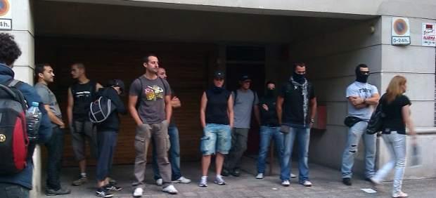 Supuestos agentes de los Mossos infiltrados en la protesta frente al Parlament