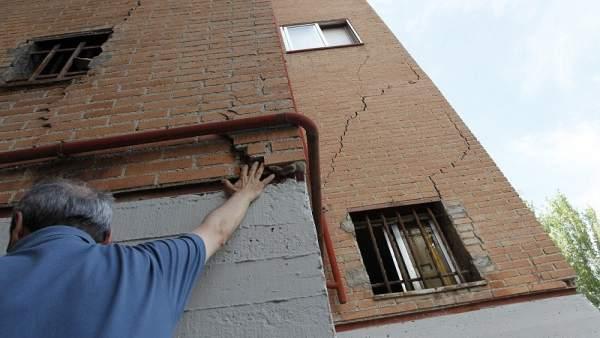 Grietas en un edificio de obra nueva c mo saber si son graves - Como saber si una casa es del banco ...