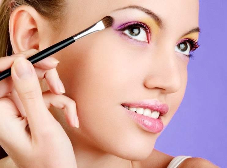 como utilizar maquillaje al agua