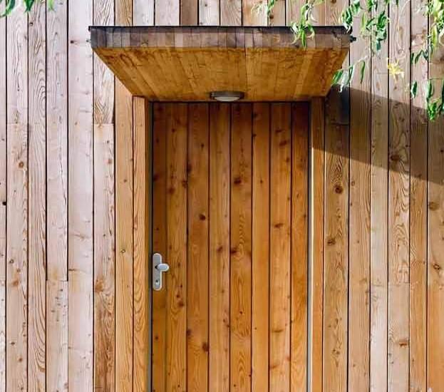 Como hacer una puerta de madera rustica imagen with como for Como hacer una puerta de madera