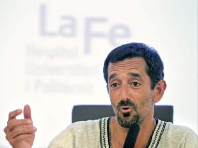 El cirujano Pedro Cavadas