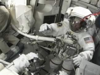 Preparándose para salir al espacio