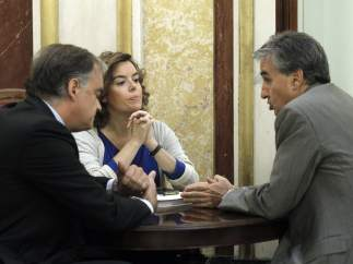 Ramón Jáuregui, Soraya Sáenz de Santamaría y Esteban González Pons