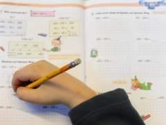 Los deberes de verano, el eterno dilema ante las largas vacaciones escolares