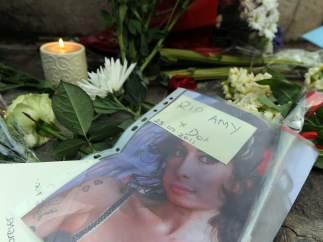 Mensajes de despedida para Amy Winehouse