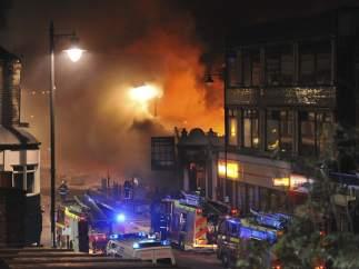 Incendio durante los disturbios