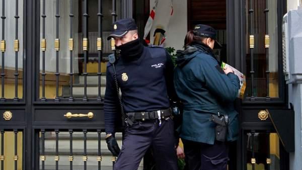Hallan a un hombre maniatado y muerto en su casa en madrid for Sala 091 madrid