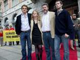 Juan López de Uralde y sus compañeros de Greenpeace