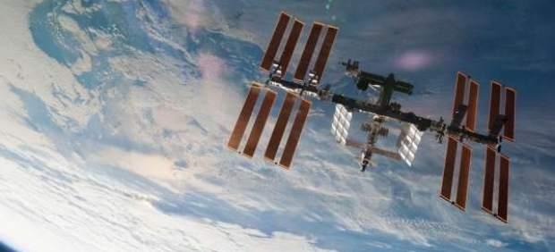 La Estación Espacial Internacional celebra este martes el inicio de 20 años de vida compartida en ...