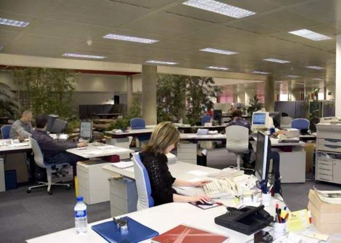 La comunidad de madrid tendr 800 trabajadores p blicos for Oficina registro comunidad de madrid