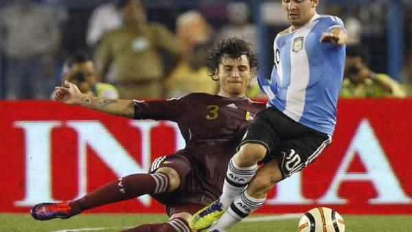 Amorebieta y Messi