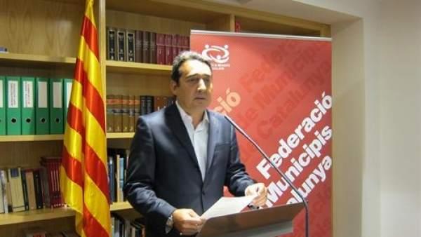 El socialista Manuel Bustos.