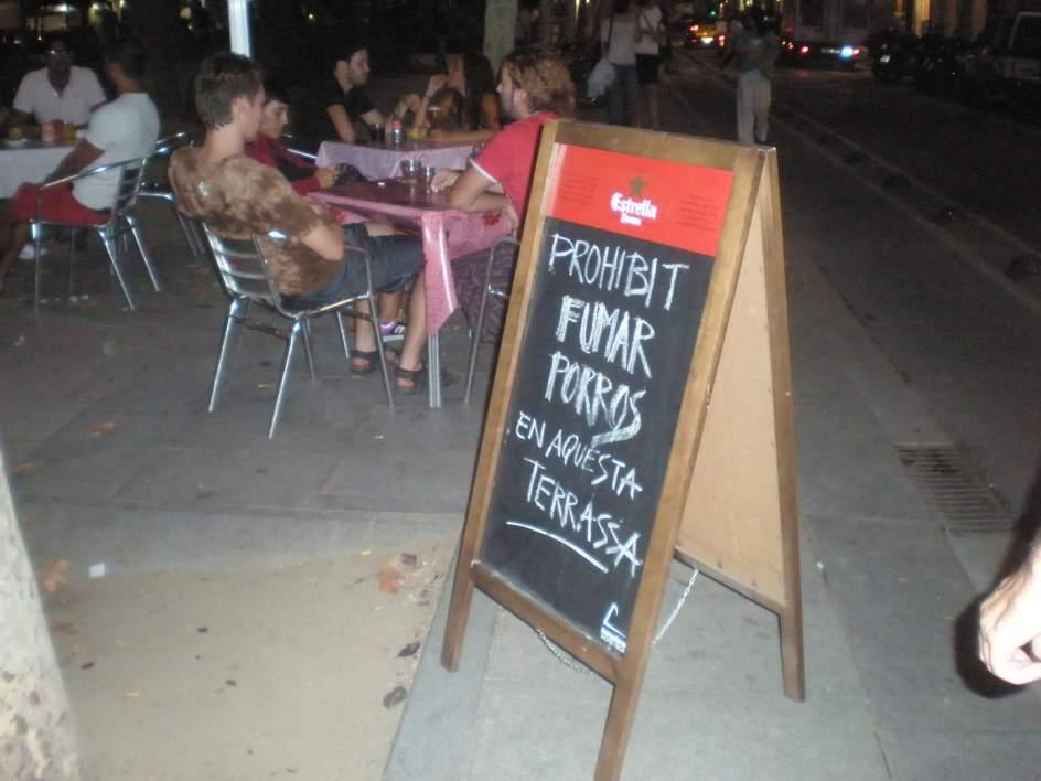 Los bares y restaurantes de barcelona vetan a los for Club de fumadores barcelona
