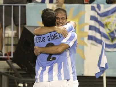 Joaquín celebra un gol del Málaga
