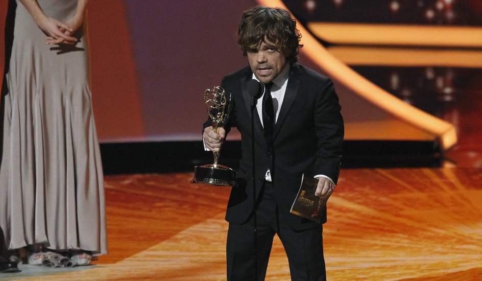 Premios Emmy del 2011 32198-944-550