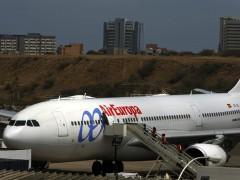 Los pilotos de Air Europa desconvocan la huelga del 30 al 2 de agosto