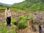Mina de coltán en el Congo