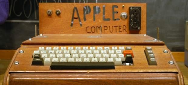 Un Apple I, el primer ordenador creado por Jobs y Wozniak, saldrá a subasta en junio
