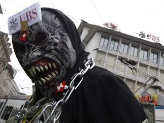 'Indignados' protestan contra UBS