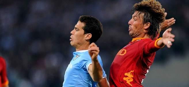 Hernanes y Heinze en el Lazio - Roma