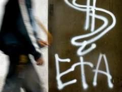 Logo de ETA en la calle