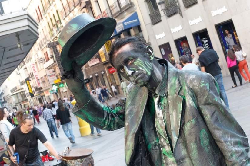 ====Soy una estatua pero estoy vivo...==== 35862-825-550