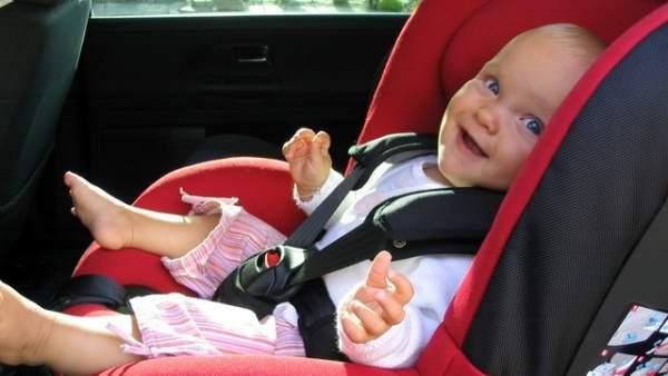 Sillita infantil de coche