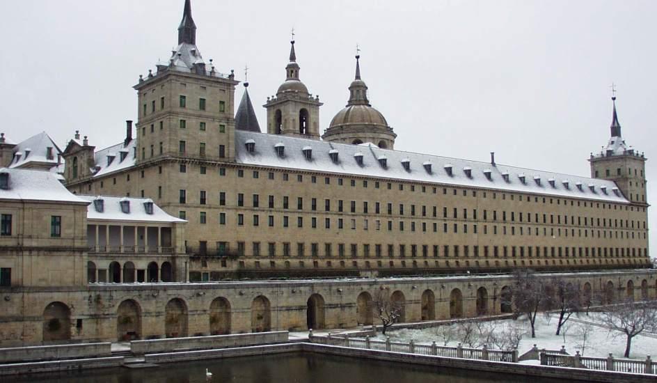 San lorenzo del escorial m s que un monasterio monumental - Alquiler de pisos en san lorenzo de el escorial ...