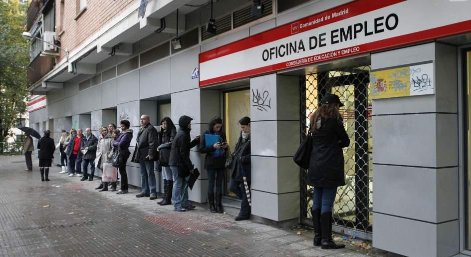 Nueve de cada diez parados no recibi en 2015 ning n for Oficina de extranjeros madrid