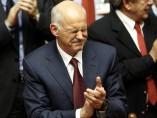 Papandreu gana la moción