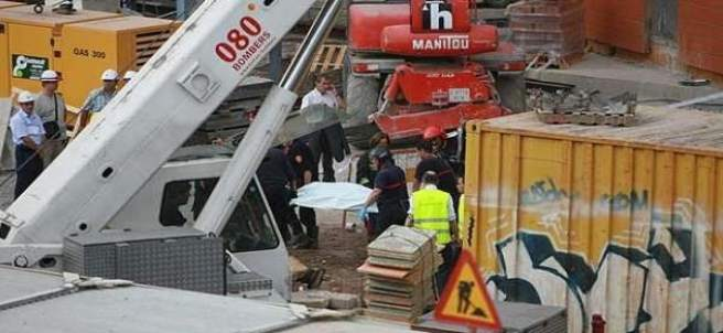 Cinco operarios mueren en una obra en Poblenou.