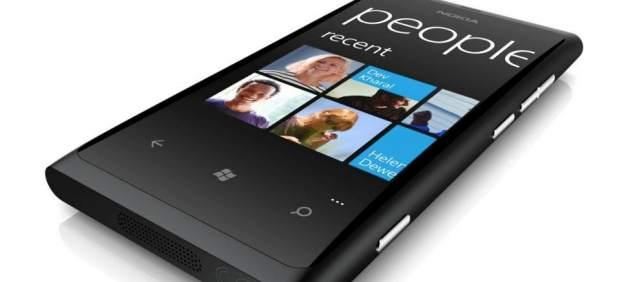 Nokia anuncia un nuevo teléfono con Windows Phone, el Lumia 900