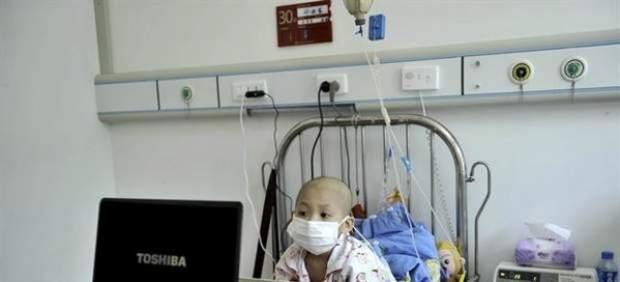 Una mujer finge que su hija tenía leucemia para conseguir más dinero de su exmarido 37929-620-282