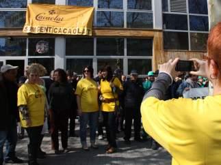 Trabajadores de Cacaolat, en una protesta del 2011 en Poblenou.