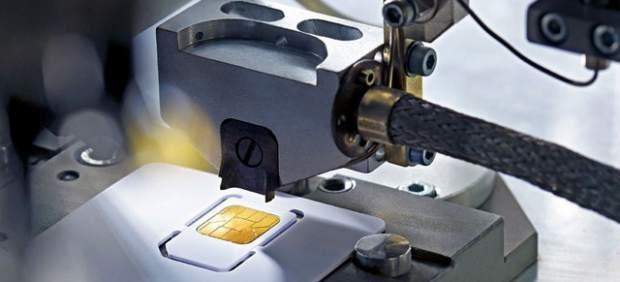 Apple quiere aprobar un nuevo estándar de SIM con la oposición de Nokia, RIM y Motorola