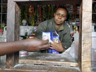 Venta de condones en Tanzania