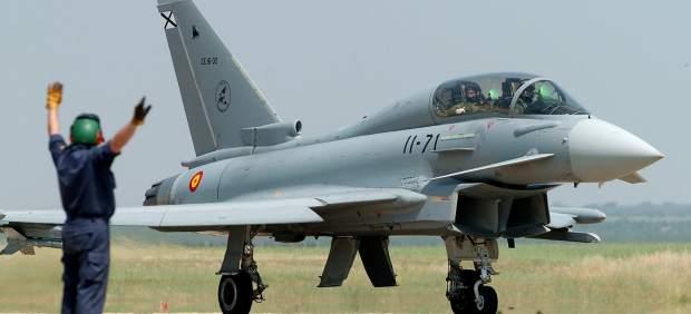 Un avi�n de combate C-16 Eurofighter (EF-2000)