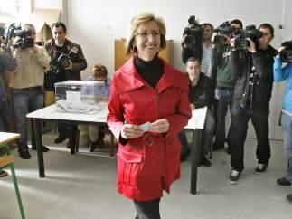 Rosa Díez, en el colegio electoral