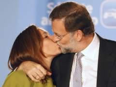 Beso de Rajoy