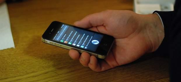 Alertan de una vulnerabilidad que permite 'hackear' iOS y Android a través de los comandos de voz