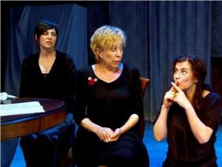 Rosa Vila, Rosa María Sardà i Mercè Pons, de izquierda a derecha.