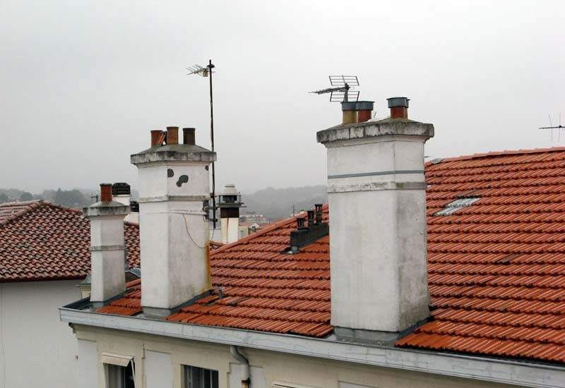 Calefacci n para el invierno de la chimenea al suelo - Temperatura calefaccion invierno ...