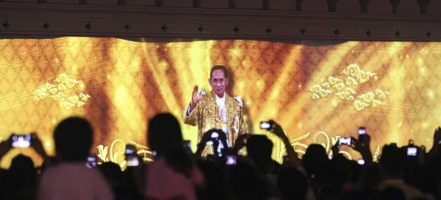 Tailandia cierra 5.000 webs en tres meses para proteger la imagen del rey